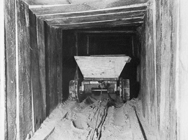 The Great Escape March 1944 Rob Davis